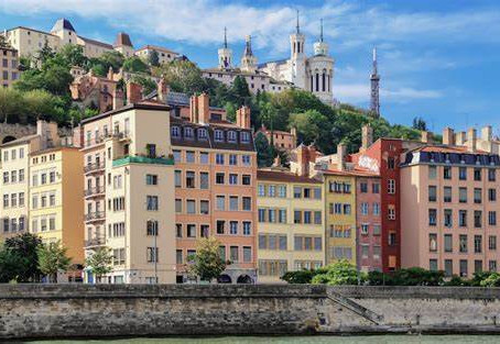 A ballad in my dear city : Lyon, between gastronomy and history