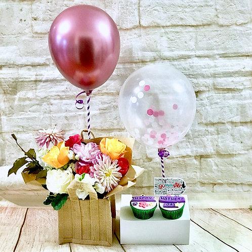 Flower Bouquet & Cupcakes