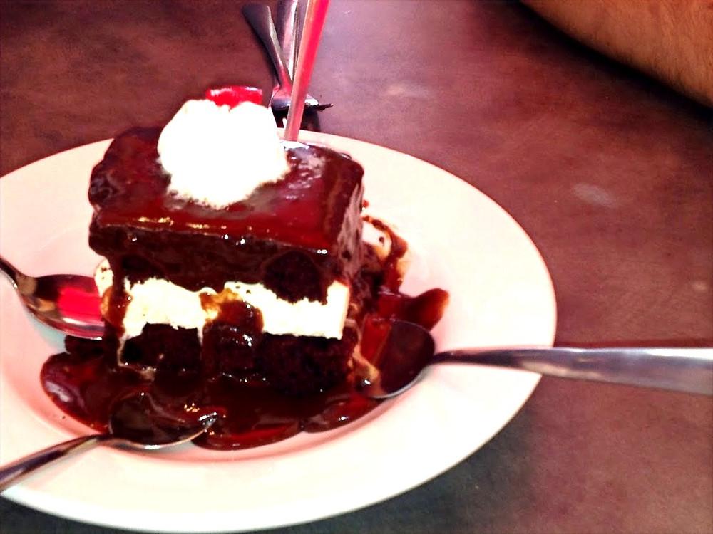 Shoney's Hot Fudge Cake