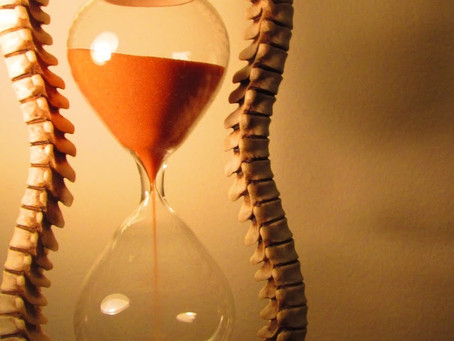10+ Writing Prompts on Waiting
