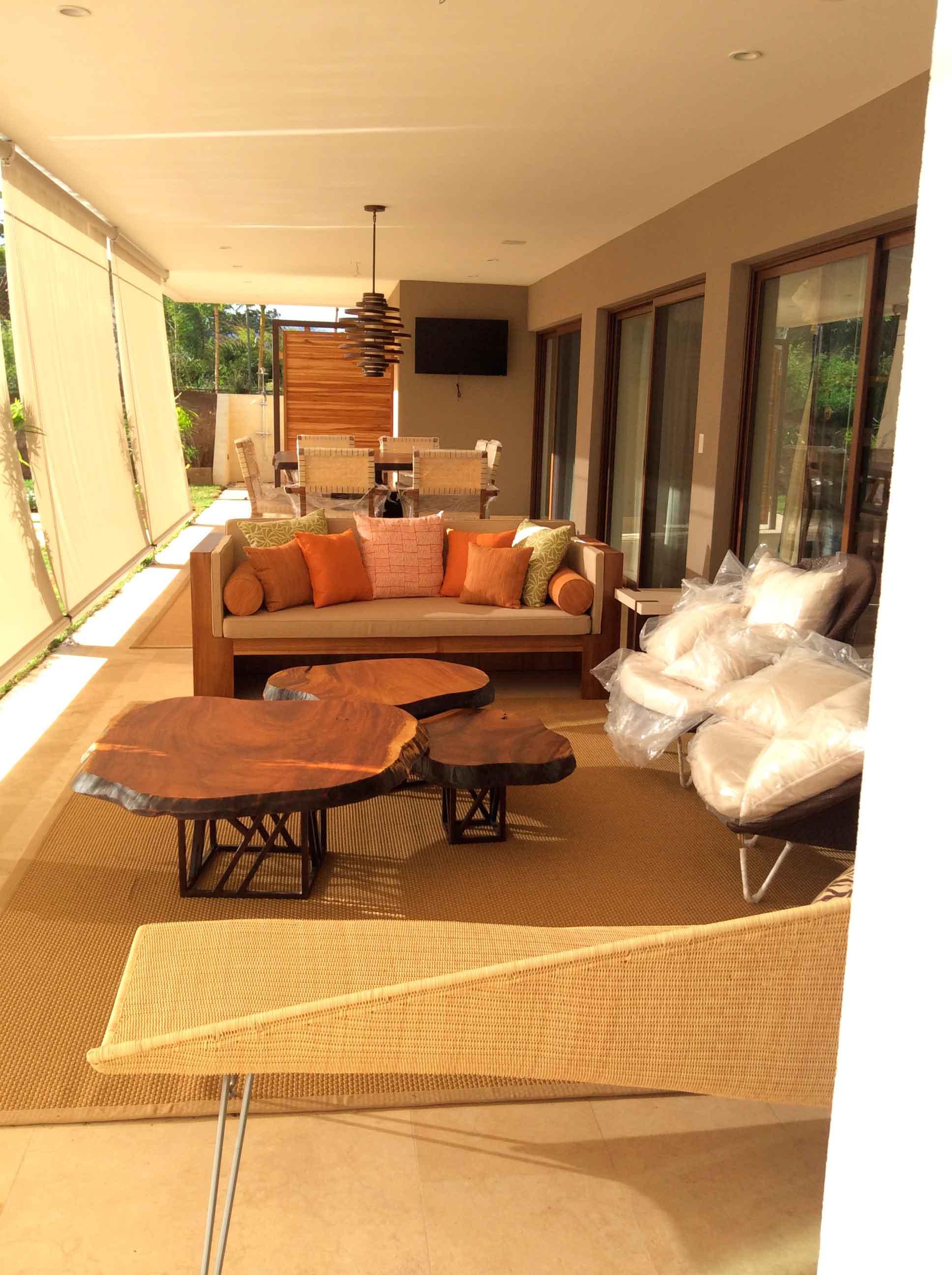 Terraza y muebles