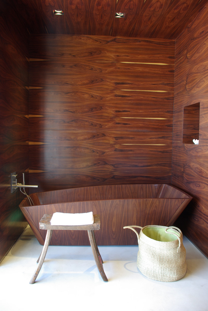Vik Master Suite Wood Bathtub.JPG