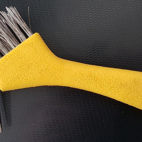 YELLOW HOOF PICK - Heavy Duty Wire Bristles