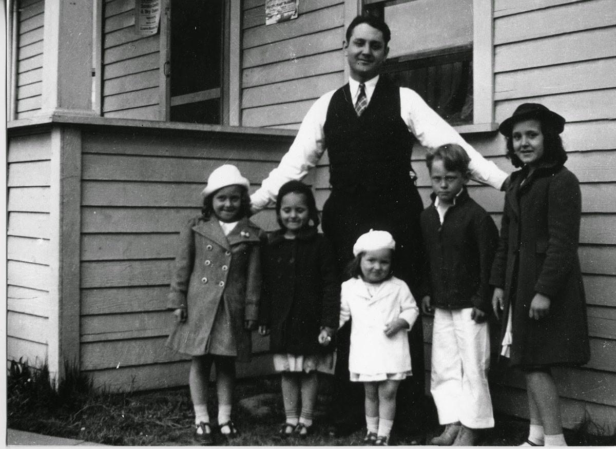john 5 of 6 children.jpg