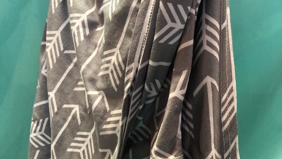Nursing cover gray with arrows