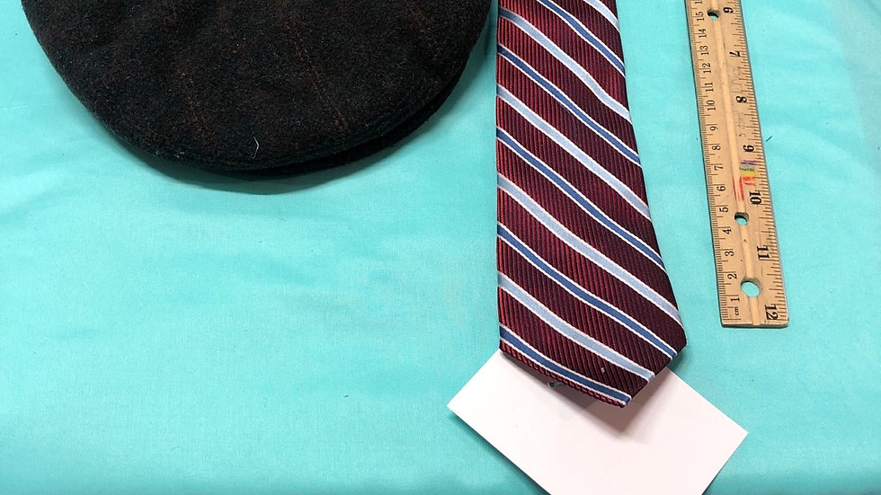 Size 8, red and blue stripes clip on tie, country gentleman dressy golf hat