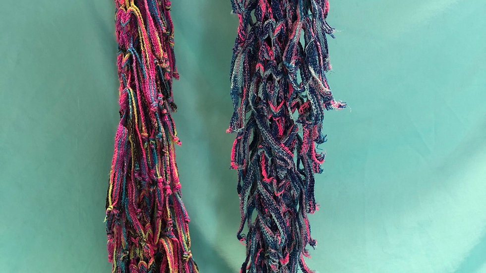 Scarfs Knitted multicolored 2 count