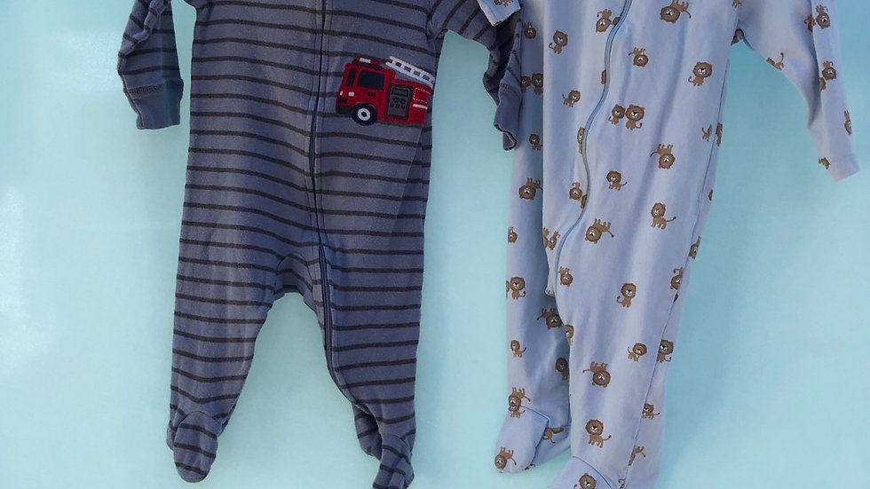 Size 6 months, two-piece pajamas