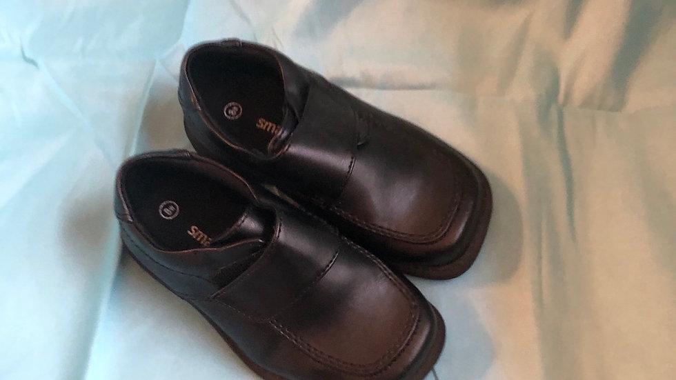 Little kid size 8, SmartFit black dress shoes Velcro