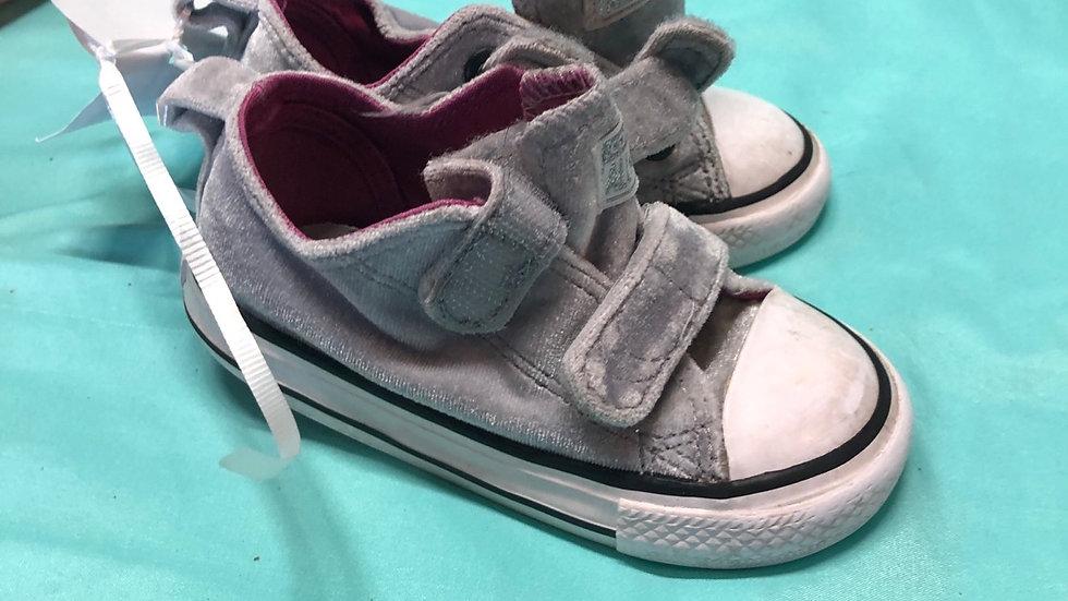 Little kid size 6, gray velvet converse