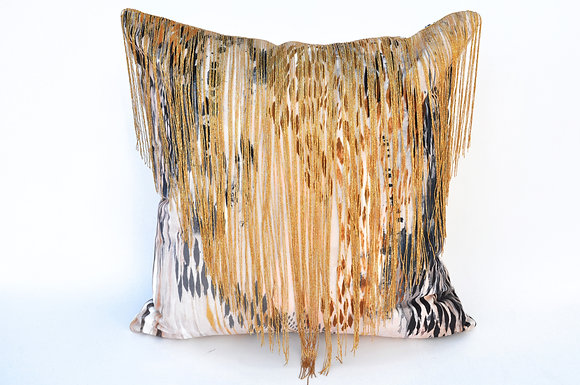 BIBI velvet cushion in BLUSH