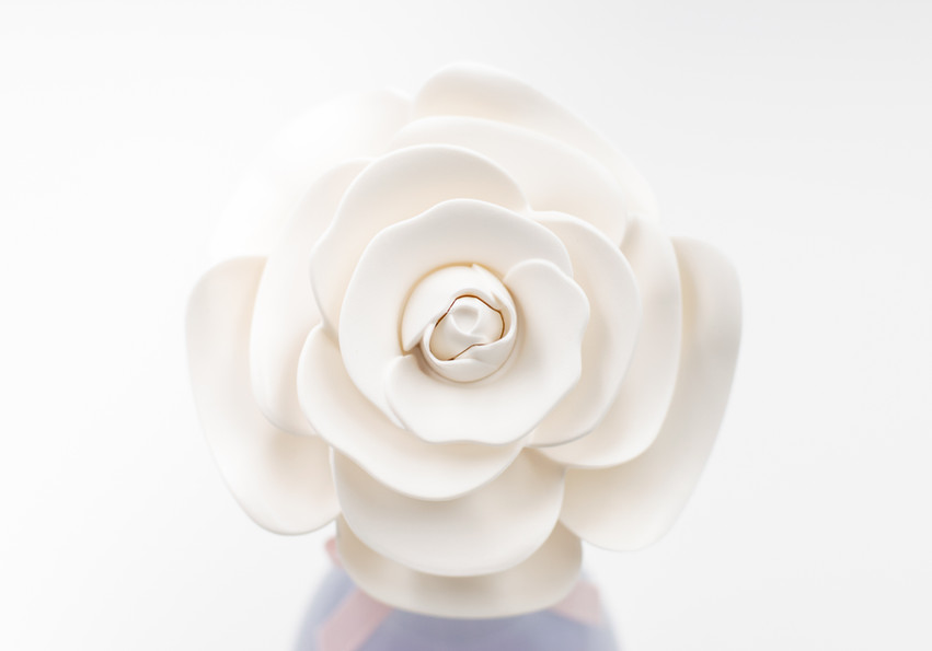 Kate Spade In Full Bloom Flower