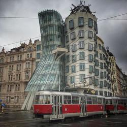 Fred & Ginger #praha #prague #czechrepublic #europe #wanderyall #love #beauty #travel #dancinghouses