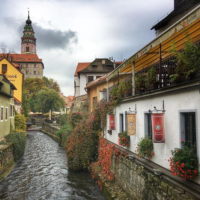 #ceskykrumlov #czechrepublic #czech #beauty #love #travel #wanderyall #hiking #castle #village