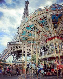 Daydreaming on this Sunday night before back to work tomorrow! #paris #france #wanderlust #travel #w