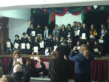Los alumnos recibieron sus certificados de exámenes internacionales