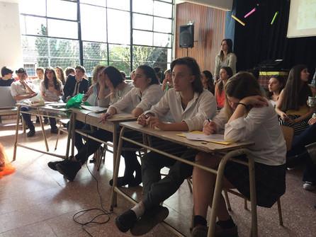 Youth & Spring Day. Otro espacio para crear fortaleciendo el idioma.