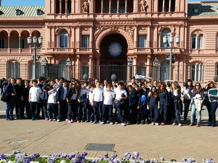 Estudiantes del Secundario en la Casa Rosada y el Congreso de la Nación