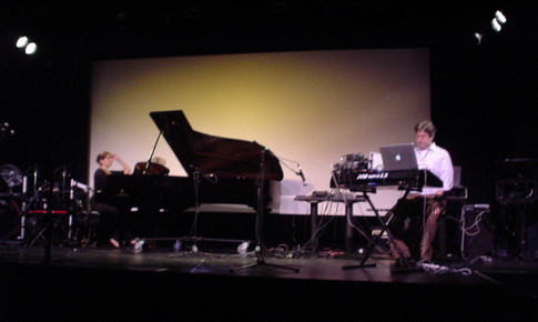 "Martha Locker, Eric Klein perform ""Dream Fragments"", Symphony Space NYC 2007"