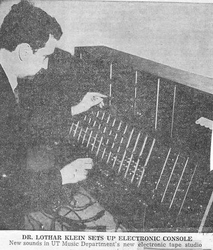 Univ. of Texas receives Moog system 1967