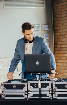 Jeff Atchison Minneapolis Wedding DJ & Event DJ & MC