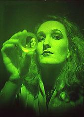 Edwina Orr hologram artist from the Global Images Hologram Art Collection