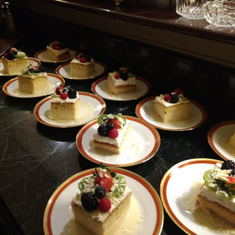 Dulce de Leche cake with fresh berries