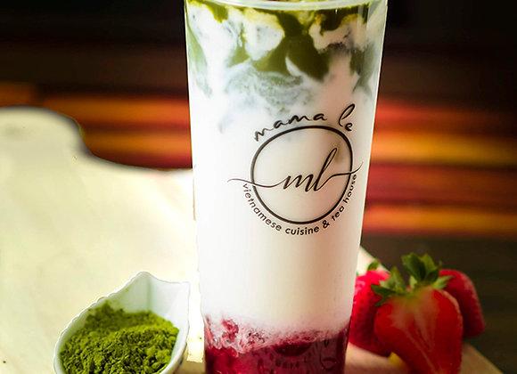 Strawberry Matcha Latte {Trà Xanh Matcha, Dâu Tây}