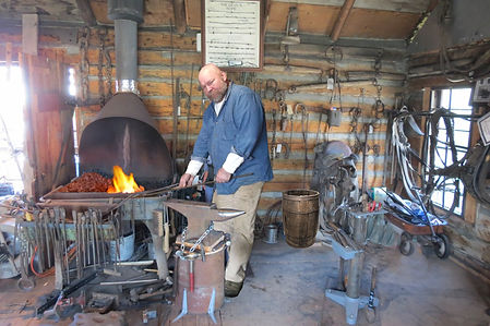 Donn Wagner, Blacksmith in Mesa, Arizona makes custom knives and gives a blacksmith course
