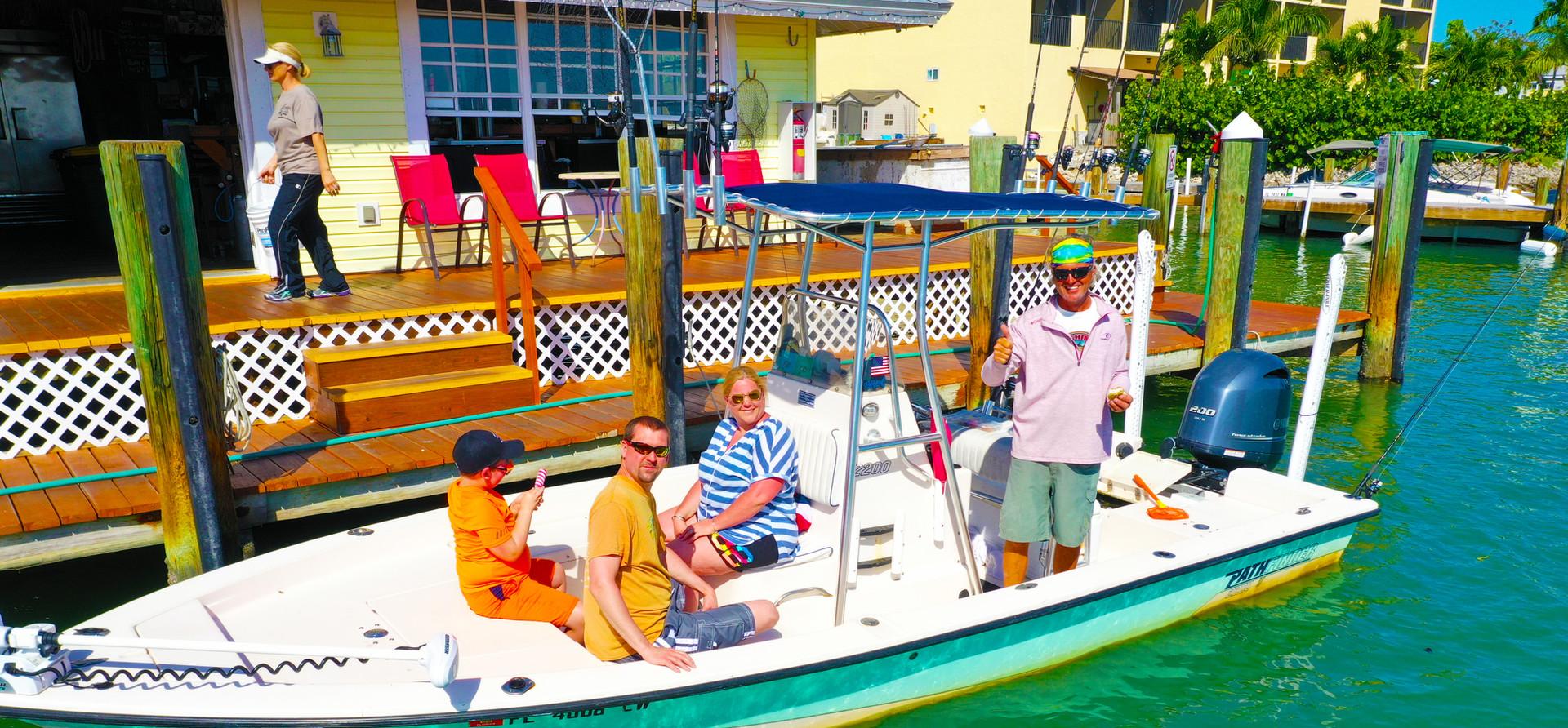 Pathfinder Boat fueling up at Pelican Pier Marina