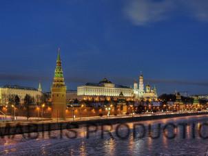 Kremlin embankment filming.jpg