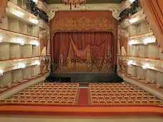 Filming in Mikhailovskiy theatre
