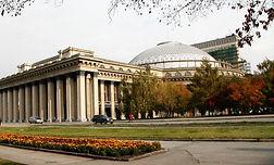 Filming Novosibirsk Theatre