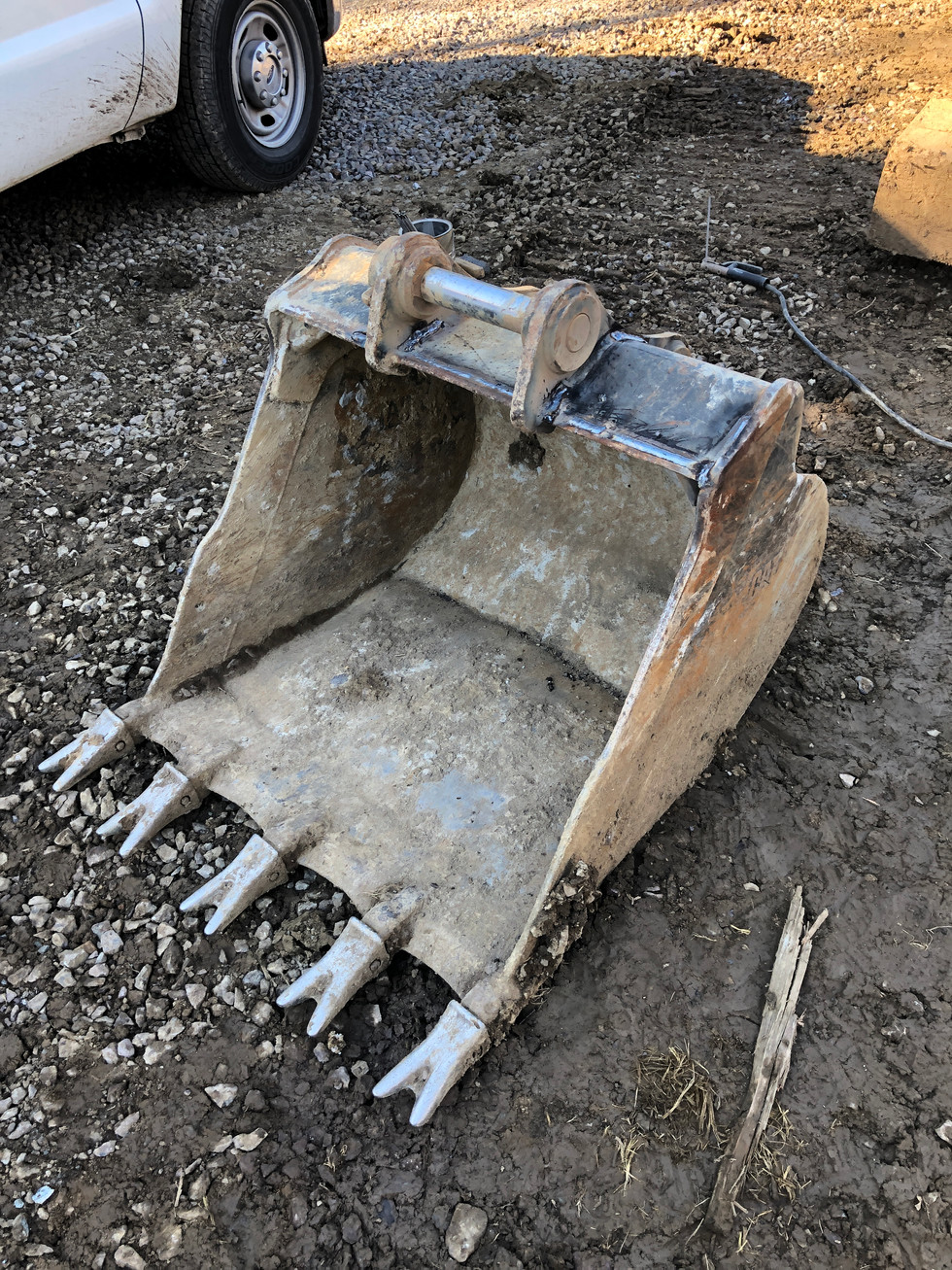 Bucket Weld Repair