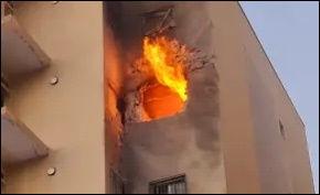 2021-05-12 apartment on fire - border.jp