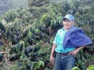COLOMBIA_PINK_farmer_980.jpg