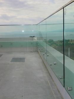 Balustrada cu conectori