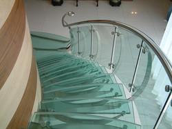 trepte si scari din sticla Glass Con