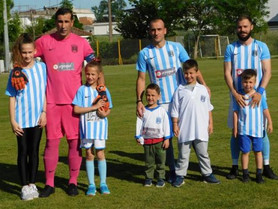 Blue family, blue power!!!