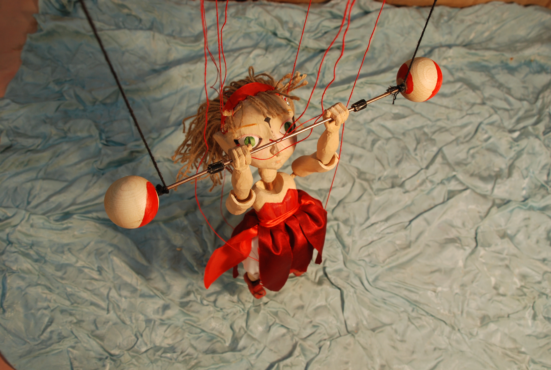 Marioneta acrobática