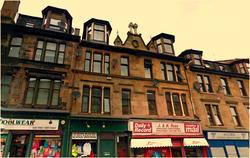 8 Broomlands Street