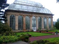 royal_botanic_garden_edinburgh_palm_house.jpg