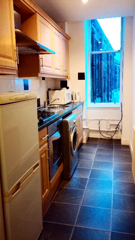 Kitchen (SouthScotlandLets)