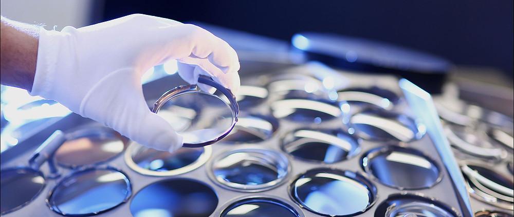 Conhecça as três principais marcas de lentes de grau fabricadas no mundo