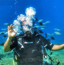 Scuba diving the stunning waters of Feth