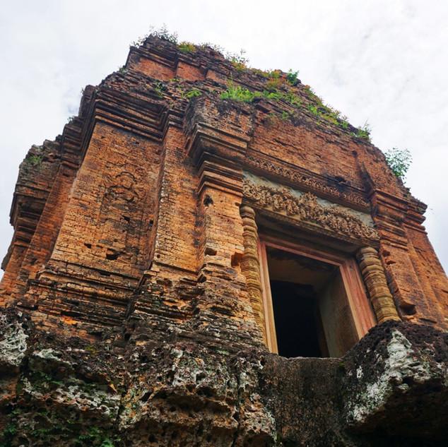 Прикосновение к древности, Камбоджа