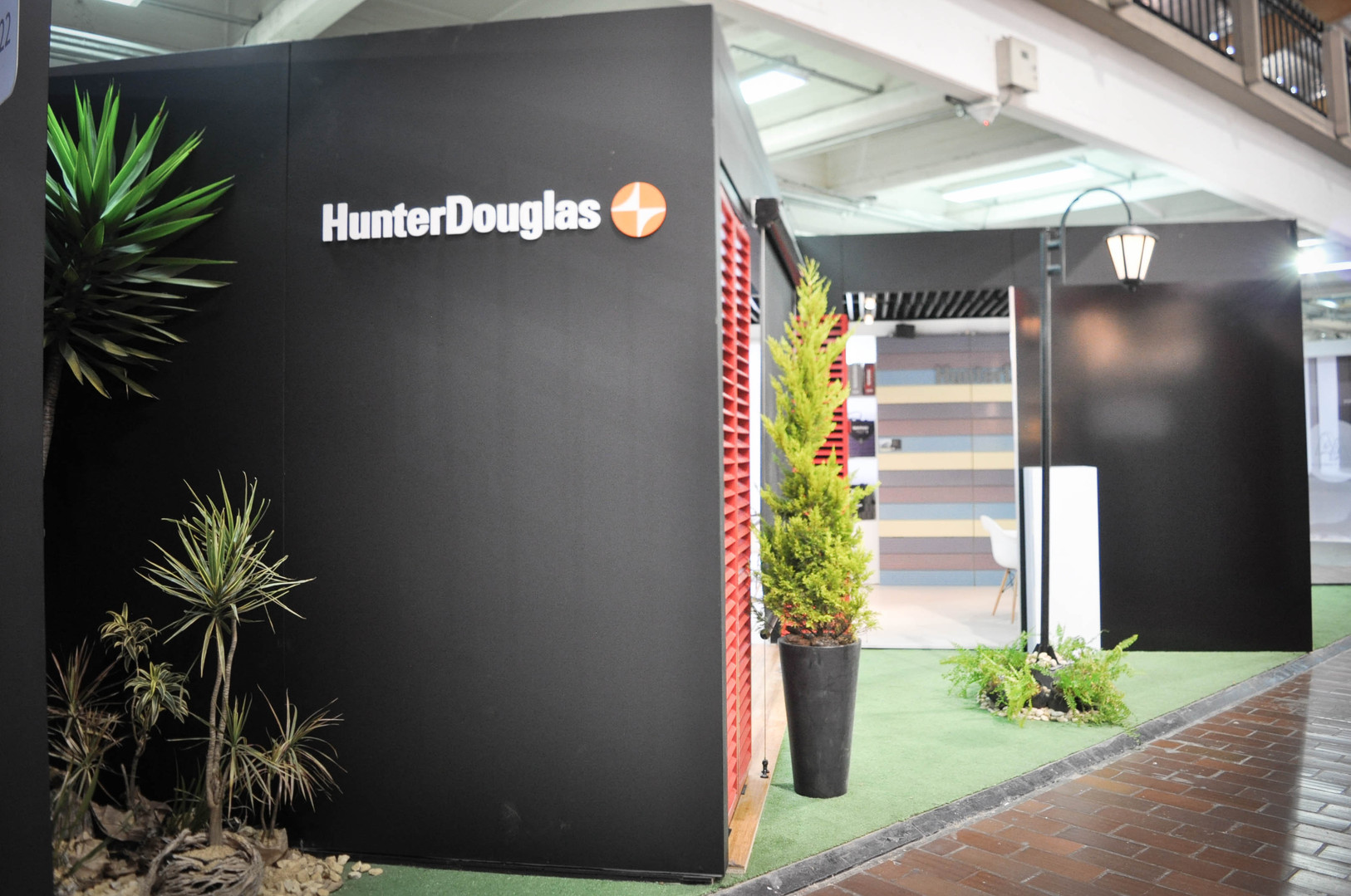 HUNTER DOUGLAS DSC_0021.jpg