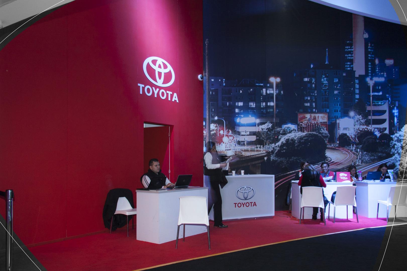 Toyota IMG_8241_1.JPG