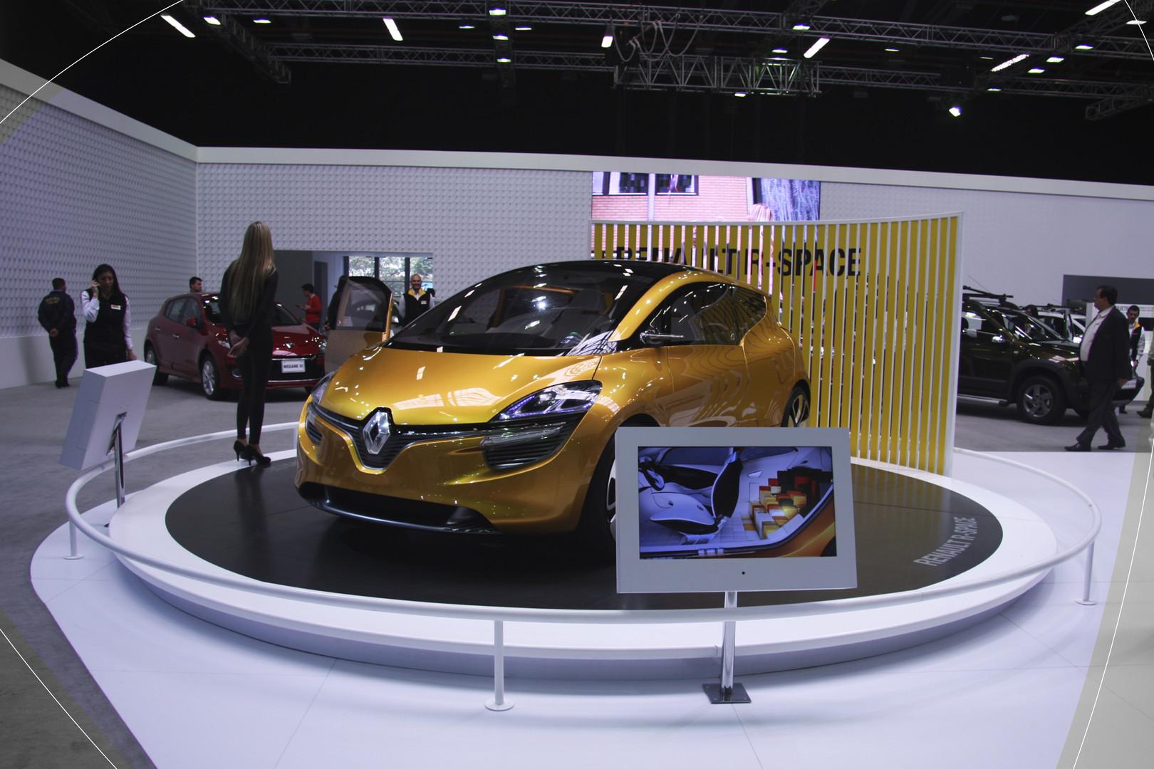 Renault 2012-11-16 11.11.03.jpg
