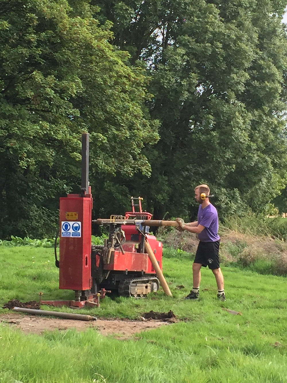 Listers Geotechnical Ltd form a borehole at Gamekeeper's Lodge
